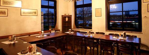 Haxenhaus Rheinstübchen im Obergeschoss