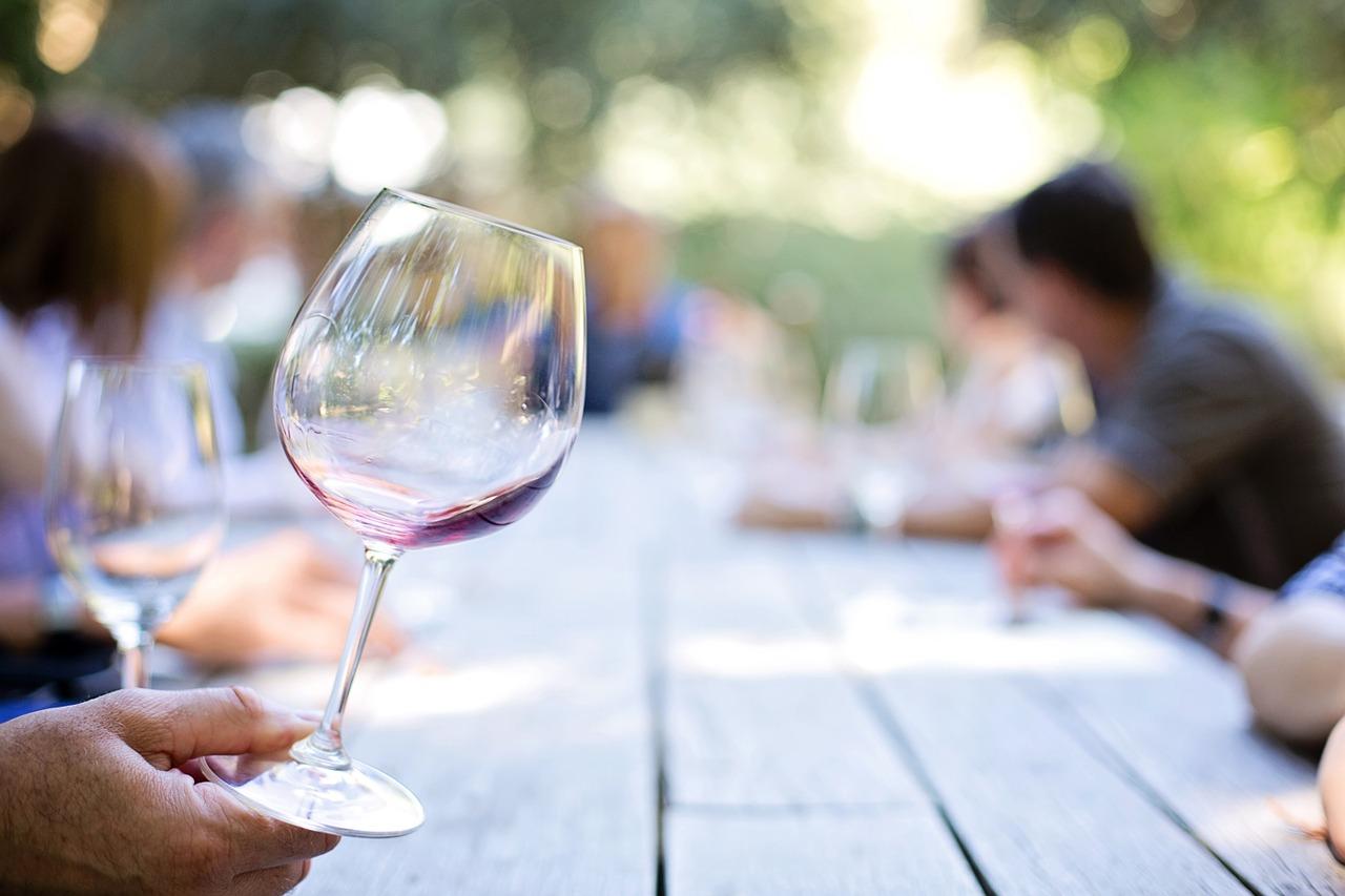 wineglass 553467 1280