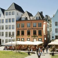 Haxenhaus Köln Altstadt Terrasse Sonne Rheingarten