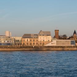 Schokoladenmuseum aussen rheinauhafen